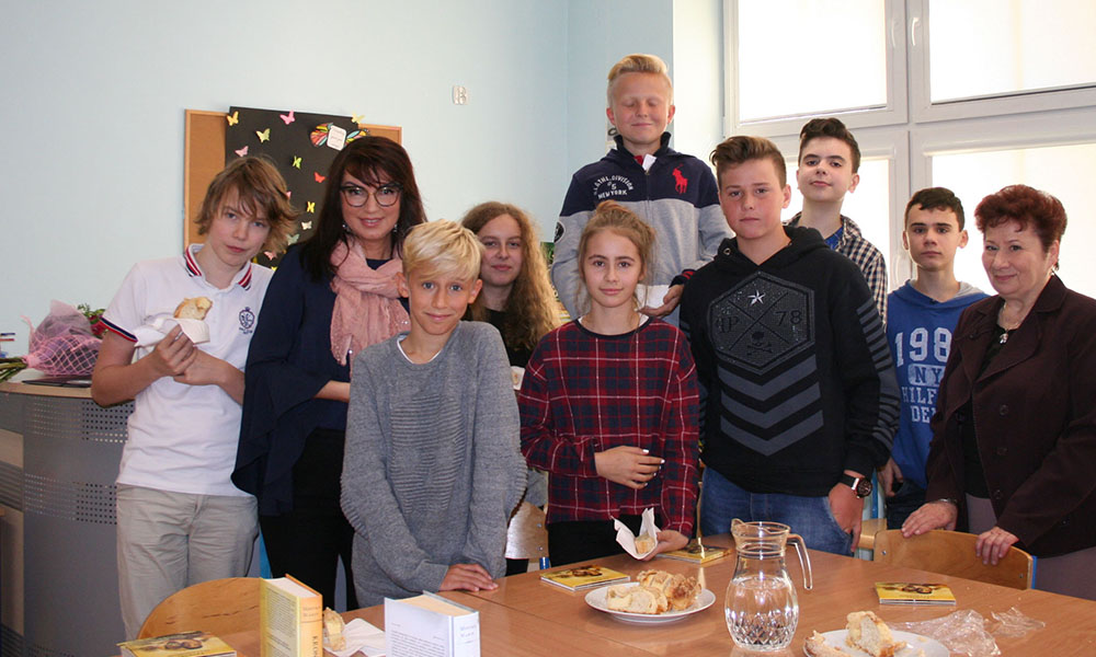 Library session with the Polish group (class G7) at Szczecin International School – SIS